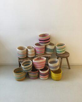 S Handgeweven mandjes - Hadithi Crafts - Sisal Gras - Multi
