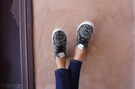 Amaz Sneakers